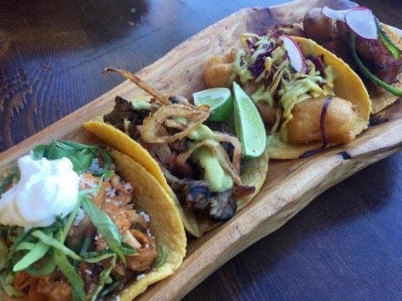 cocina condesa taco platter