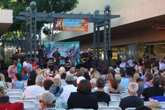 outdoor concerts janss