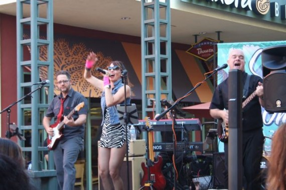 outdoor concerts radio rebels band 80's covers