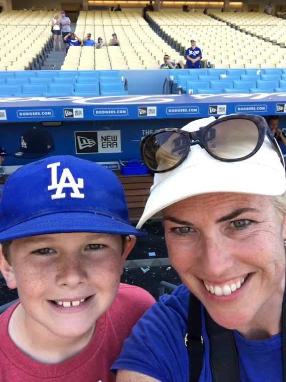 mom and kid at dodger stadium