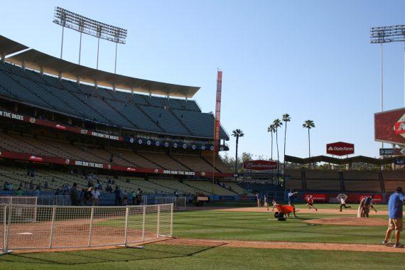 Dodger Stadium kids run bases
