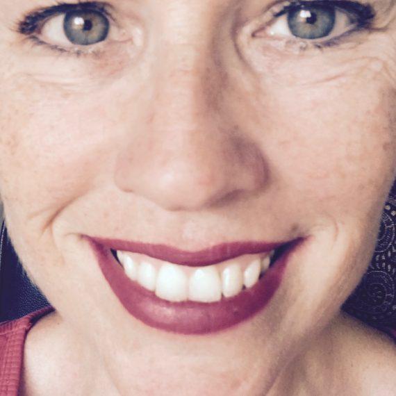 makeup files face